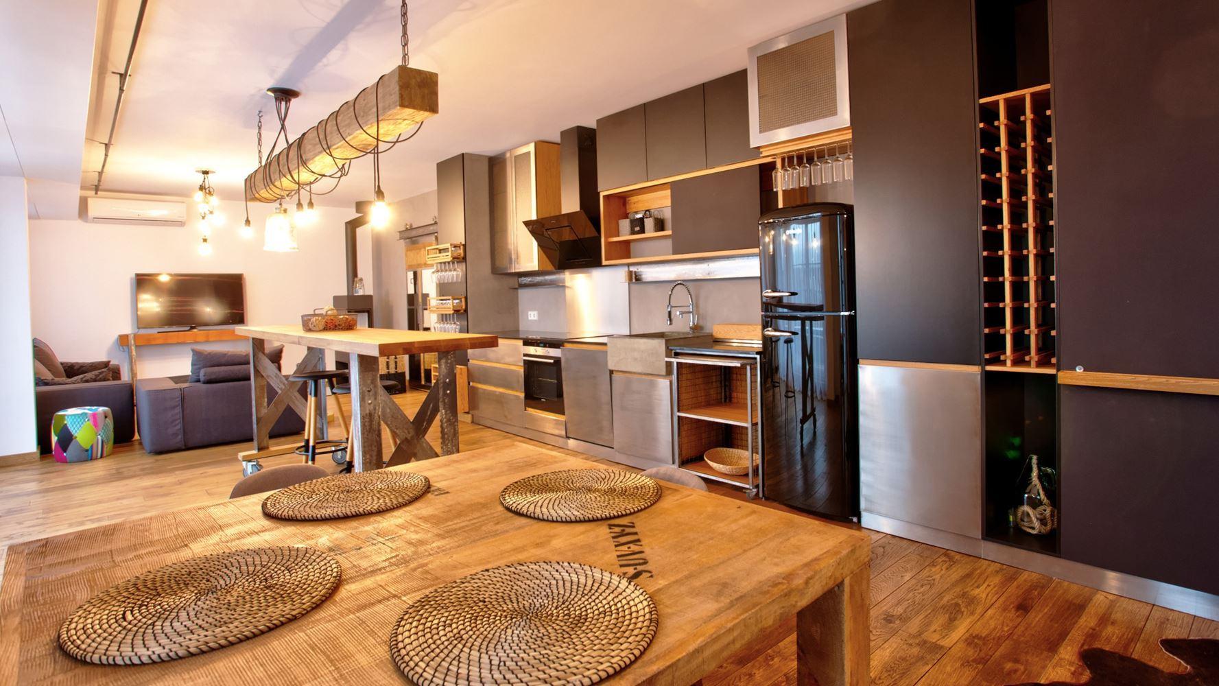 4-bedroom Apartment for Rent, Malinova Dolina