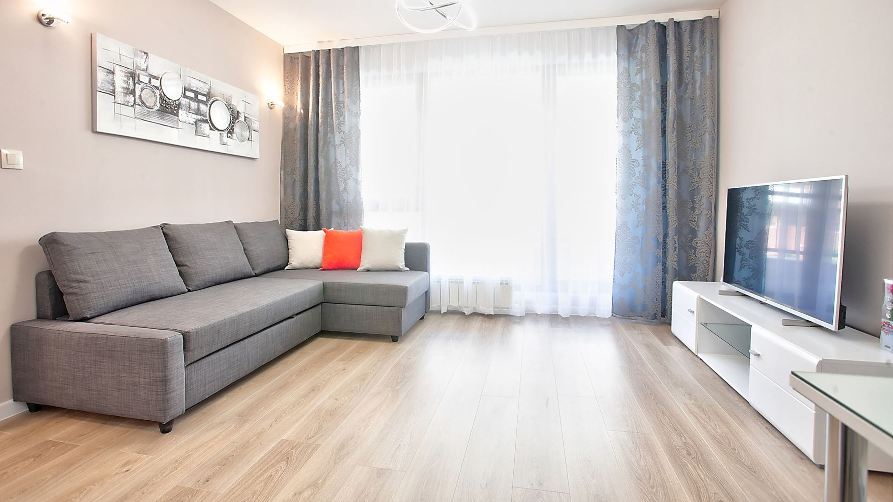 1-bedroom Apartment for Rent, Dianabad