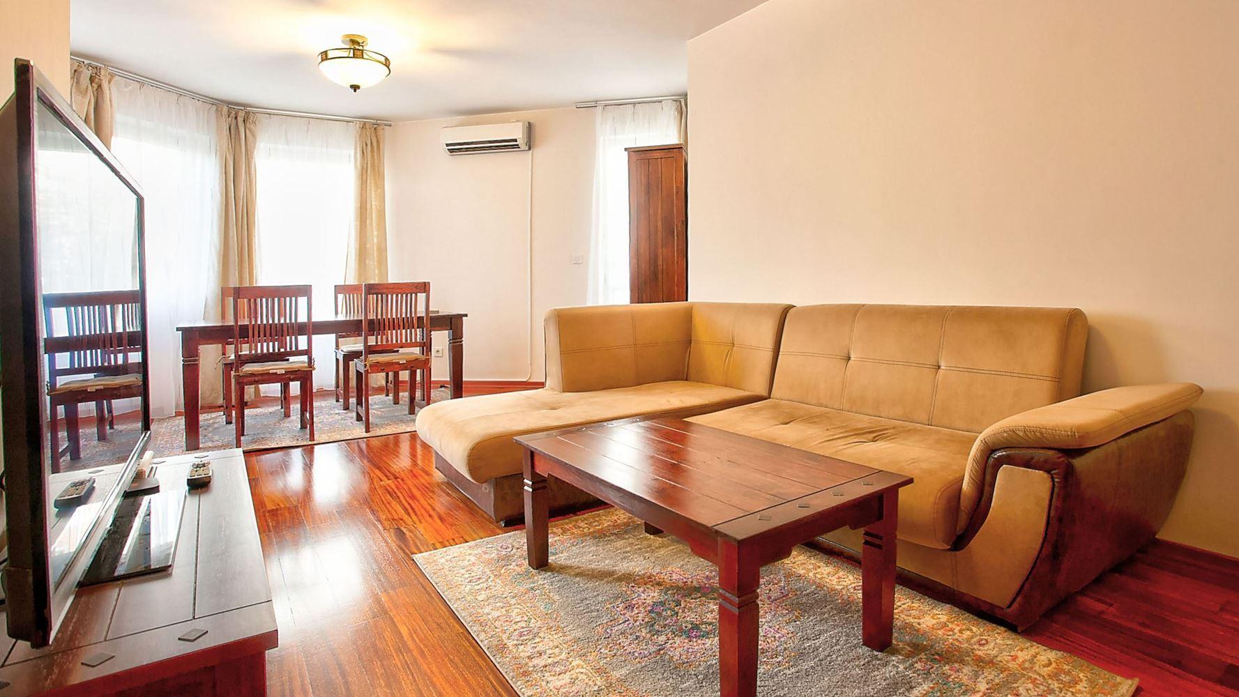 2-bedroom Apartment for Rent, Mladost 3