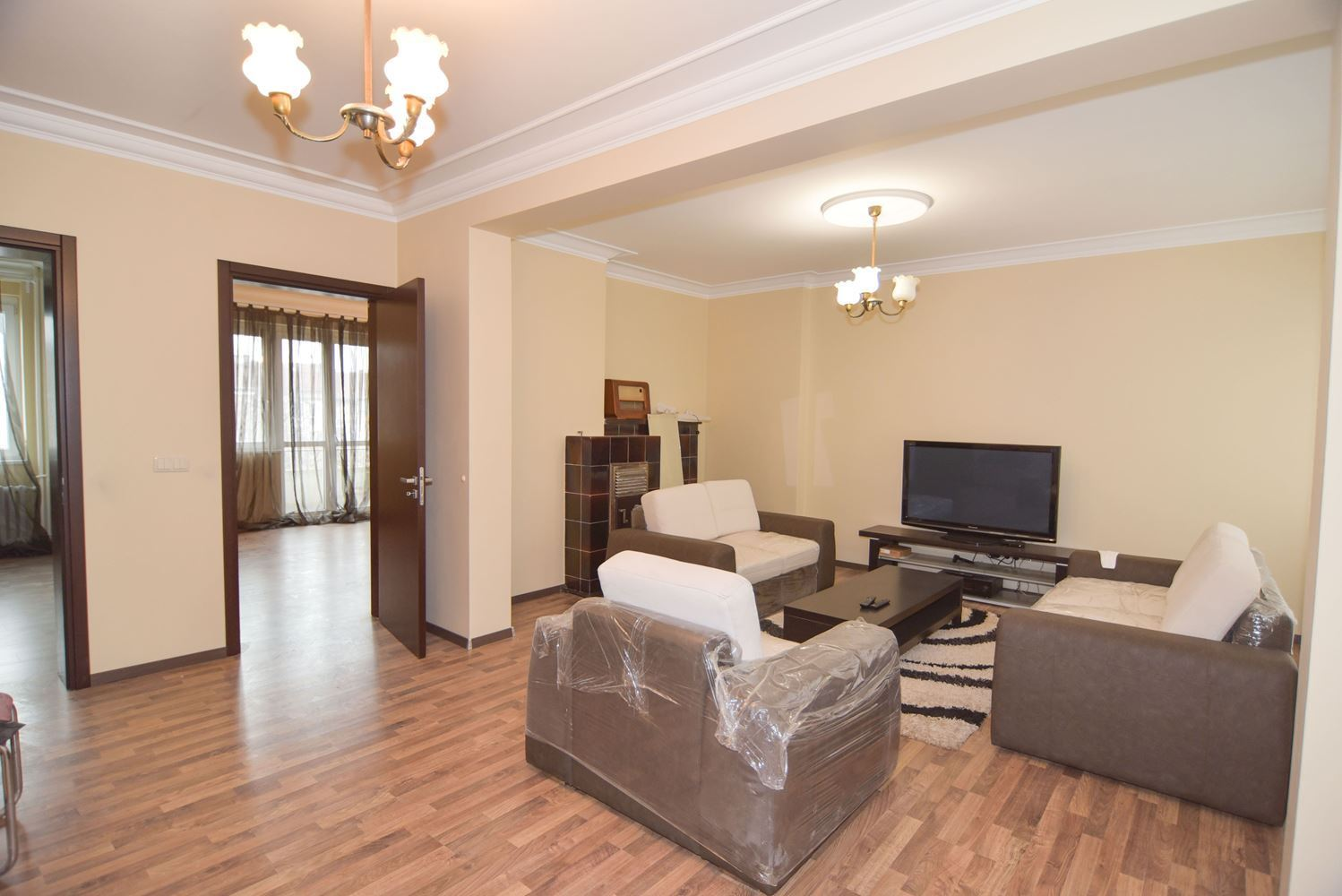 2-bedroom Apartment for Rent, Center
