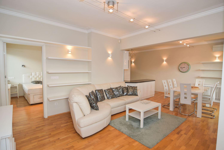 2-bedroom Apartment for Rent, Doctor's Garden