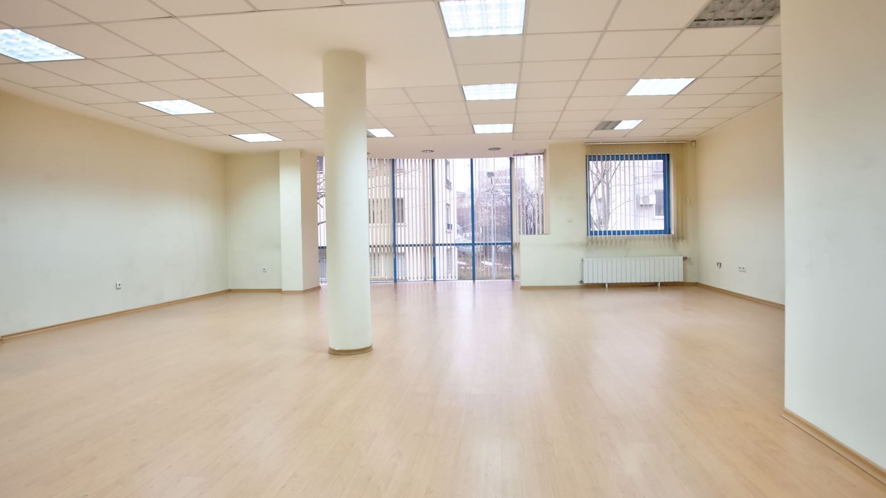 Office for Rent, Yavorov
